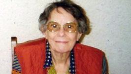 Madame Cécile Maugein, collectionneuse de cartes postales